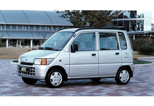DAIHATSU Move GLX Kombi I 0.9 42KM (benzyna)