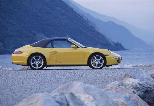 PORSCHE 911 Cabrio 997 kabriolet żółty boczny prawy