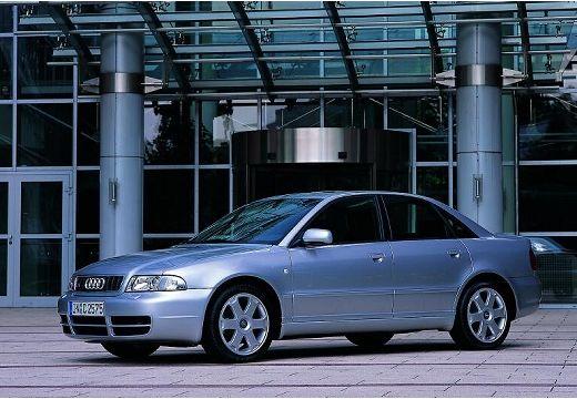 AUDI A4 B5 sedan silver grey przedni lewy