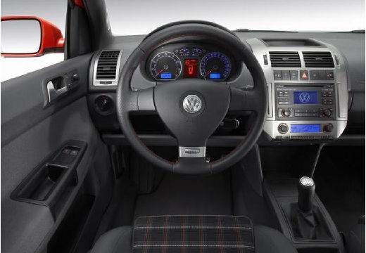 VOLKSWAGEN Polo IV II hatchback czerwony jasny tablica rozdzielcza