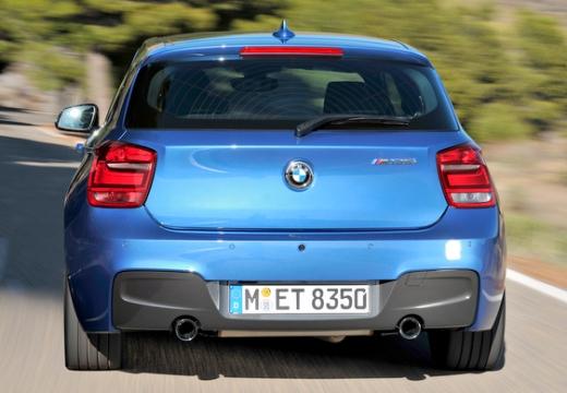 BMW Seria 1 F21 I hatchback niebieski jasny tylny