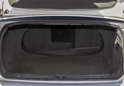 OPEL Vectra C I sedan przestrzeń załadunkowa
