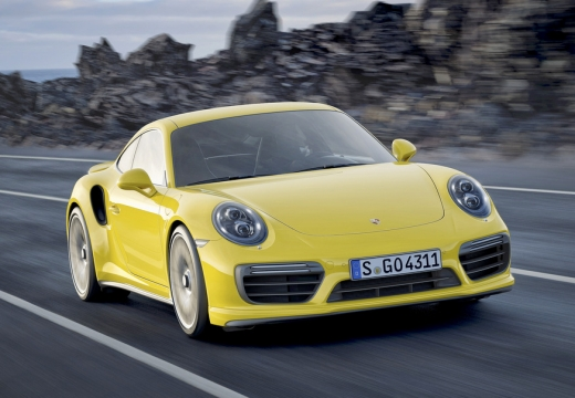 PORSCHE 911 991 II coupe żółty przedni prawy