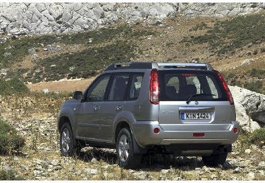 NISSAN X-Trail 2.2 dCi 4x2 Comfort Kombi I 136KM (diesel)