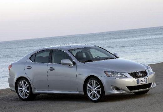 LEXUS IS II sedan silver grey przedni prawy