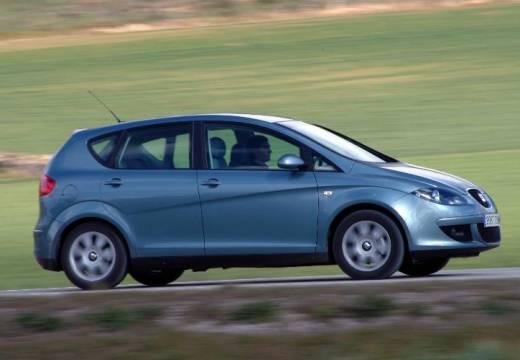 SEAT Altea I hatchback niebieski jasny boczny prawy