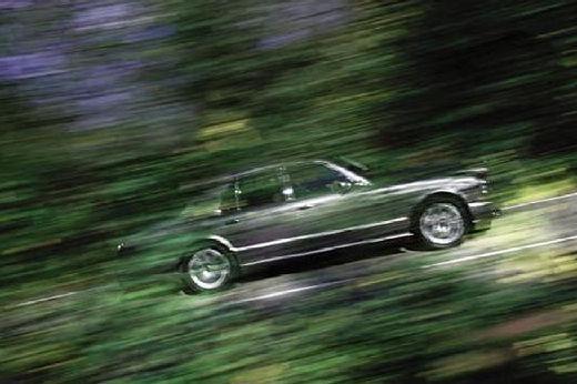 BENTLEY Arnage sedan silver grey boczny prawy
