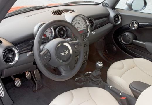 MINI [BMW] Mini MINI One IV hatchback tablica rozdzielcza