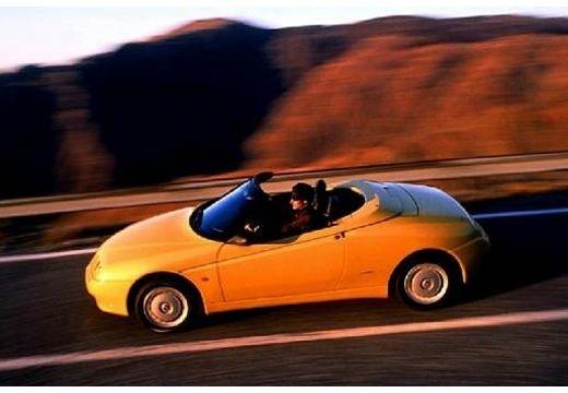 ALFA ROMEO Spider II kabriolet żółty boczny lewy