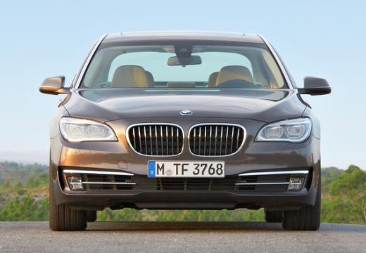 BMW Seria 7 F01 F02 II sedan brązowy przedni