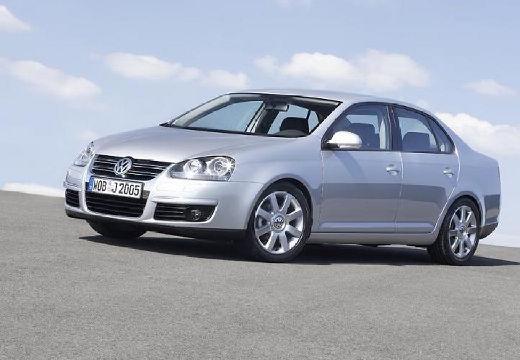 VOLKSWAGEN Jetta sedan silver grey przedni lewy