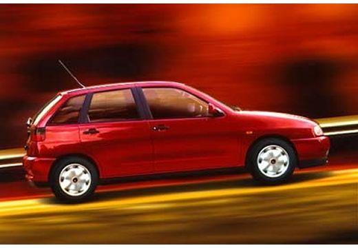 SEAT Ibiza II hatchback czerwony jasny boczny prawy