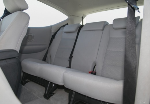 MERCEDES-BENZ Klasa A W 169 I hatchback wnętrze