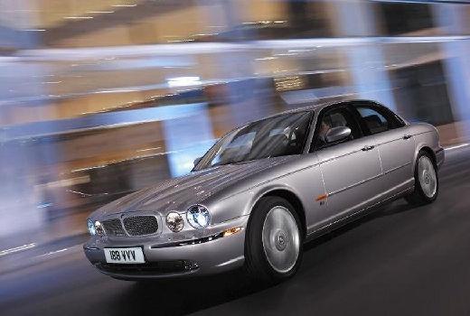 JAGUAR XJ IV sedan silver grey przedni lewy