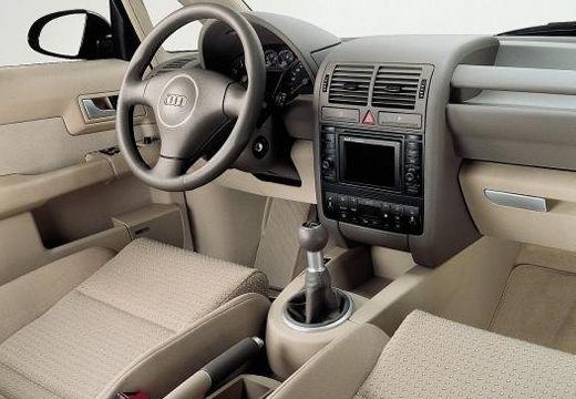AUDI A2 hatchback tablica rozdzielcza