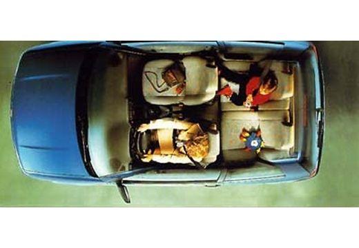 SEAT Arosa I hatchback wnętrze