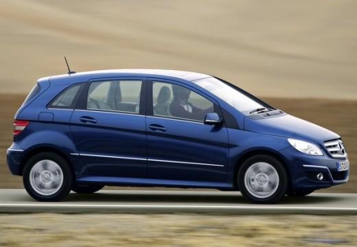 MERCEDES-BENZ Klasa B II hatchback niebieski jasny przedni prawy