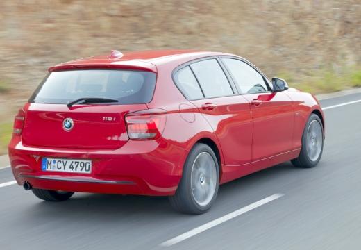 BMW Seria 1 F20 I hatchback czerwony jasny tylny prawy