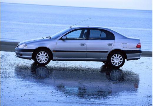 Toyota Avensis II sedan silver grey boczny lewy