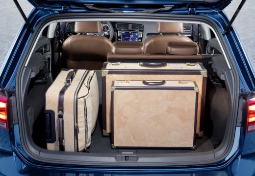 VOLKSWAGEN Golf VII I hatchback przestrzeń załadunkowa
