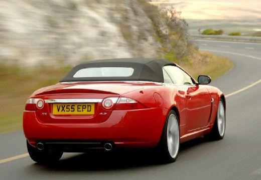 JAGUAR XK Convertible II kabriolet czerwony jasny tylny prawy