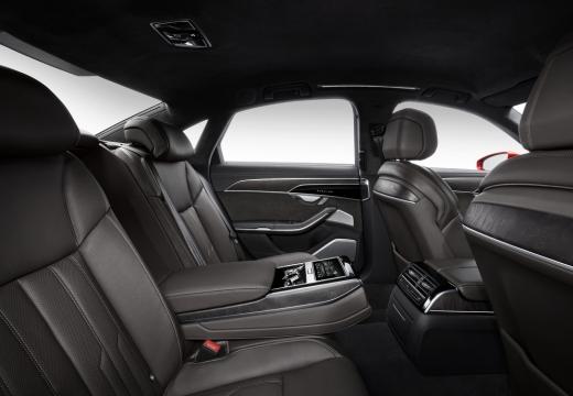 AUDI A8 4N sedan czerwony jasny wnętrze