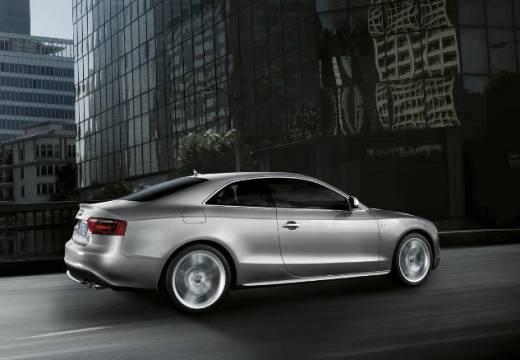 AUDI A5 I coupe silver grey tylny prawy