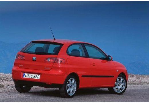 SEAT Ibiza IV hatchback czerwony jasny tylny prawy