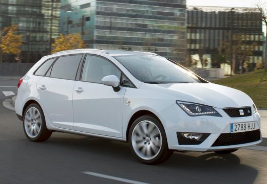 SEAT Ibiza ST II kombi biały przedni prawy