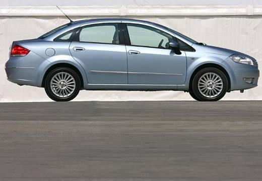 FIAT Linea I sedan niebieski jasny boczny prawy