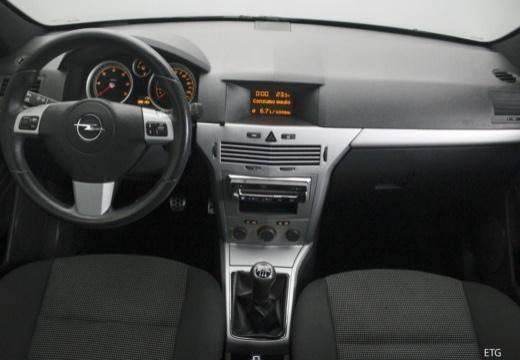 OPEL Astra III GTC II hatchback tablica rozdzielcza