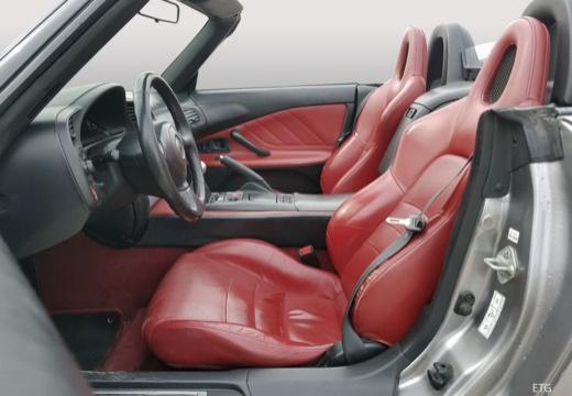 HONDA S 2000 I roadster wnętrze