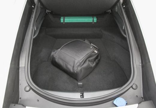 JAGUAR F-Type I coupe biały przestrzeń załadunkowa