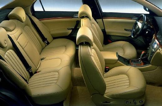 LANCIA Thesis I sedan wnętrze