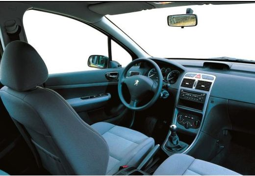 PEUGEOT 307 I hatchback wnętrze