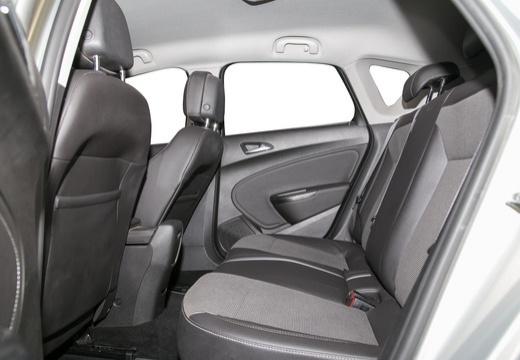 OPEL Astra IV I hatchback silver grey wnętrze
