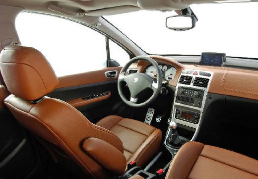 PEUGEOT 307 II hatchback tablica rozdzielcza