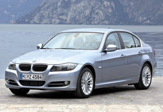 BMW Seria 3 sedan szary ciemny przedni lewy