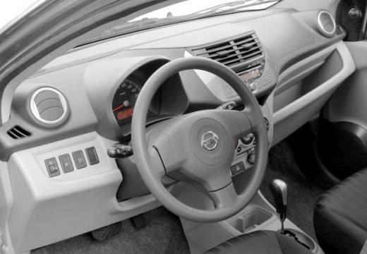 NISSAN Pixo hatchback tablica rozdzielcza