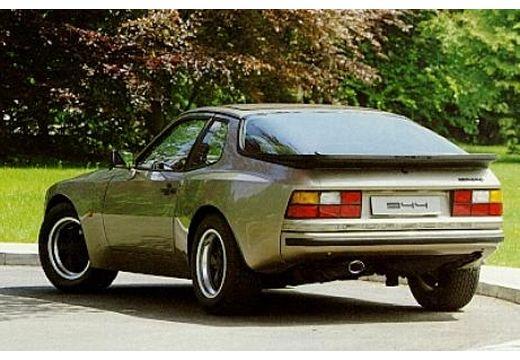 PORSCHE 944 coupe tylny lewy