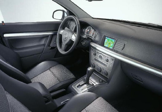 OPEL Signum hatchback wnętrze
