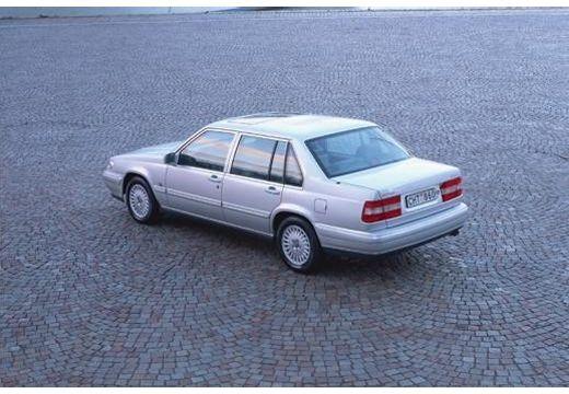 VOLVO 960 sedan silver grey tylny lewy