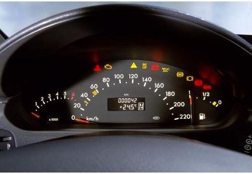 MERCEDES-BENZ Klasa A W 168 II hatchback tablica rozdzielcza