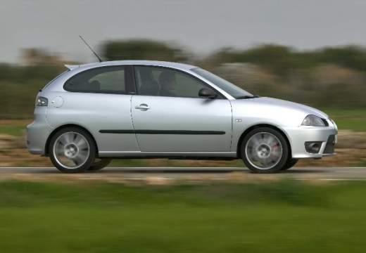 SEAT Ibiza IV hatchback silver grey boczny prawy