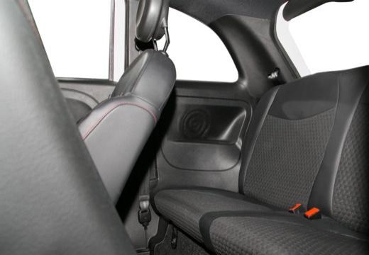 FIAT 500 I hatchback wnętrze