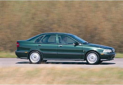 VOLVO S40 sedan zielony boczny prawy