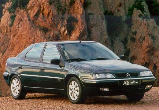 CITROEN Xantia II hatchback zielony przedni prawy