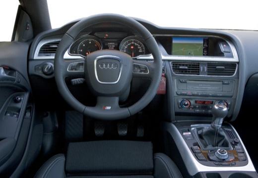 AUDI A5 I coupe tablica rozdzielcza