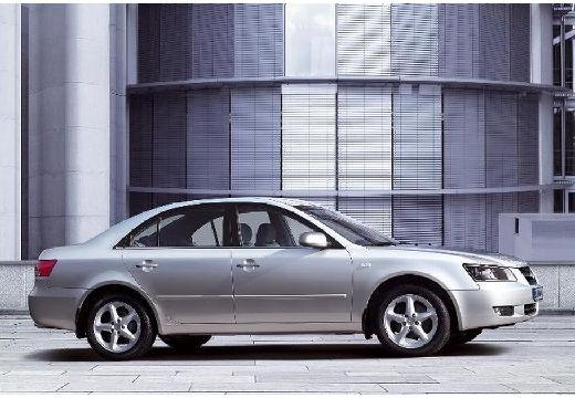 HYUNDAI Sonata VI sedan silver grey boczny prawy
