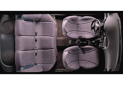 HYUNDAI Lantra II sedan wnętrze